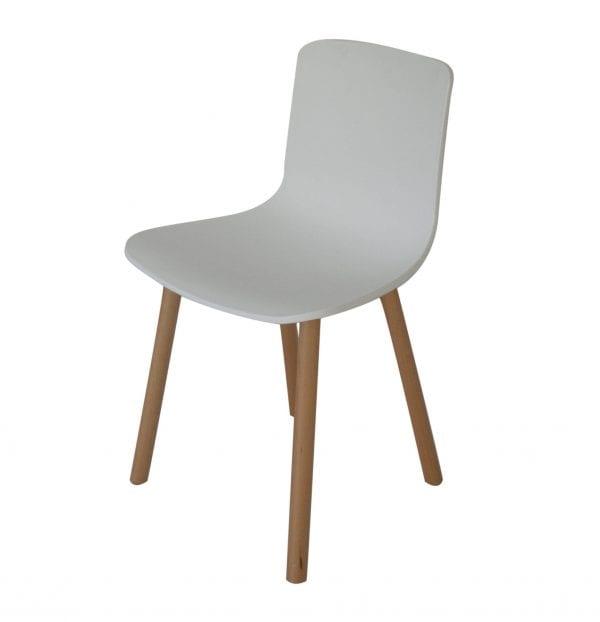 CH06 Studio Chair